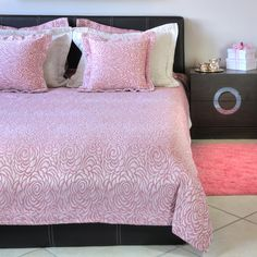 Comforters, Coral, Blanket, Bedroom, Roses, Furniture, Search, Home Decor, Creature Comforts