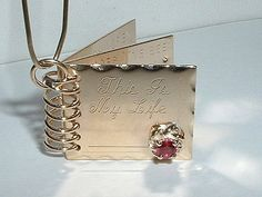VINTAGE 14K YELLOW GOLD THIS IS MY LIFE FAMILY PENDANT CHARM