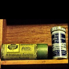 Liver pills. Miniature tins.