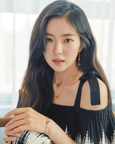Irene for 'GRAZIA Korea' September 2018 Issue - Our queen is looking so stunningly gorgeous like always 🤧 Seulgi, Red Velvet アイリン, Red Velvet Irene, Kpop Girl Groups, Kpop Girls, Korean Girl, Asian Girl, Red Velvet Photoshoot, Red Valvet