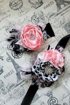 The Monaco Sash by London Raquel by londonraquel Fabric Flower Headbands, Baby Headbands, Fabric Flowers, Bow Hairband, Diy Headband, Lovely Tutorials, Baby Hair Bands, Unicorn Headband, Shabby Flowers