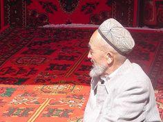 Kashgar-Bazaar Carpet Vendor