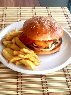 Hamburger házilag, így az igazi! – A tetovált lány konyhája