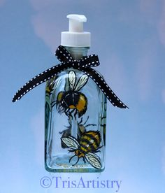 Hand Painted Bumble Bee Pump Flask ~ Bee Happy Soap Dispenser ~ Lotion Dispenser Bottle ~ Soap Dispenser Bottle ~Dish Soap Dispenser Bottle by TrisArtistry on Etsy