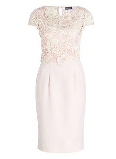 Kleid von Phase Eight, 225 €, gesehen auf breuninger.de
