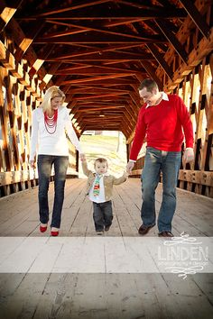 Holiday Photo | Christmas Photography | Family Holiday Portrait | Linden Photography + Design