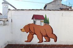 12 DIAS graffiti gif by cheko, via Behance Google Art Project, Graffiti Wall Art, Street Art Graffiti, Urso Bear, Art Du Monde, Urbane Kunst, Creators Project, City Art, Street Artists