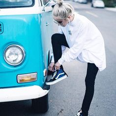 @linabugz laces up in her Sk8-Hi's. Show us how you rock yours with #MyVans