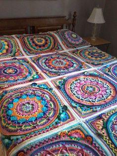 Mandala Afghan Start Now Crochet Mandala Pattern, Crochet Square Patterns, Crochet Blocks, Crochet Stitches Patterns, Crochet Squares, Crochet Designs, Knitting Patterns, Granny Squares, Crochet Bedspread