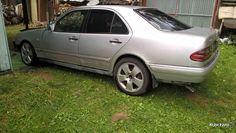 Mercedes E 320, седан, 1995 г.в., пробег: 2000 км., автомат, 3,2 л, Москва. Цена 50 000 руб. - ИЗ РУК В РУКИ