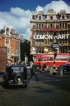 Twitter - London 1957