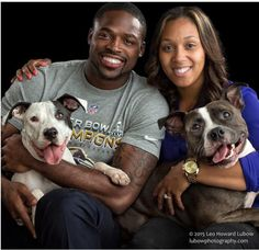 Football Player and Wife Pay for 46 Adoption Fees at BARCSScreen Shot 2017-05-08 at 11.18.47 AM(IMAGE: LEO HOWARD LUBOW)The Baltimore BARCS shelter got a big boost recently when Torrey Smith and his wife Chanel announced they were picking up the tab for adoption fees for 46 cats and dogs.The Baltimore Animal Rescue and Care Shelter shared the good news on its Facebook page: