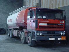 DAF 3300 8X4 CUBA DE GAS-OIL.