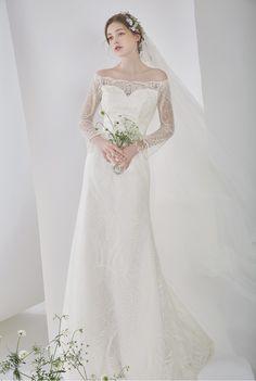 Shabby Chic Wedding Dresses, Classy Wedding Dress, Evening Dresses For Weddings, Beautiful Wedding Gowns, Beautiful Bride, Elegant Wedding, Long Sleeve Wedding, Wedding Bells, Pretty Dresses
