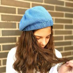 Toyota Corolla, Winter Hats, Beanie, Knitting, Margarita, Costume Design, Vestidos, Crochet Beret Pattern, Knit Hat Patterns