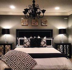 Cool 25 Stunning Small Master Bedroom Ideas on a Budget https://besideroom.com/2017/06/08/25-stunning-small-master-bedroom-ideas-budget/