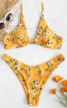 Bikini set with floral pattern - Emma Summer Fashion Neon Bikinis, Zaful Bikinis, Cute Bikinis, Cut Out Bikini, High Cut Bikini, Bikinis Lindos, Bikini Set Sale, Plunge Bikini, One Shoulder Bikini