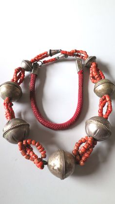 Morocco - Vintage Berber necklace with silver and coral beads