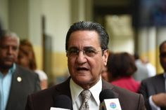 """""""No es verdad que hay médicos demás"""", afirma rector de la UASD"""