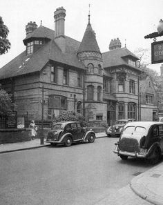 St Nicholas Rectory in Castle Gate, Nottingham, May It was demolished to make way for Maid Marian Way. Nottingham Castle, St Nicholas Church, Castle Gate, Maid Marian, Make Way, Amazing Buildings, Building Structure, History Photos