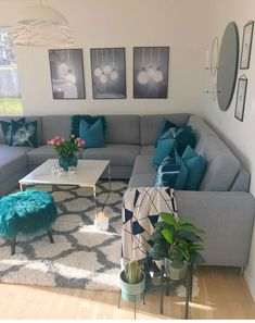 60 Gorgeous Living Room Color Schemes to Make Your Room Cozy « Home Decoration Cozy Grey Living Room, Romantic Living Room, Teal Living Rooms, Living Room Color Schemes, Living Room Interior, Home Living Room, Living Room Designs, Grey Living Room With Color, Barn Living