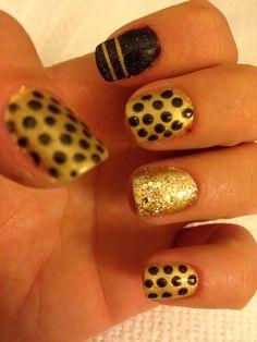 Black & Gold Gel Nails