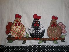 Hand Embroidery Patterns, Applique Patterns, Applique Quilts, Applique Designs, Chicken And Cow, Chicken Art, Sewing Crafts, Sewing Projects, Chicken Quilt