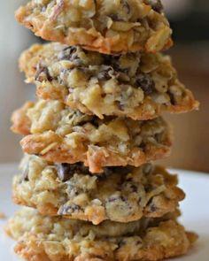 Keto Cookies, Cookie Desserts, Yummy Cookies, Cookies Et Biscuits, Gourmet Cookies, Brownie Cookies, Cookie Jars, Coconut Chocolate Chip Cookies, Almond Cookies