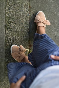 Fashion   Outfit   OOTD   Style   Culotte   Sommeroutfit   Lässiger Style für Mamas   #outfit #fashion #momstyle #mode   Mehr auf ivy.li
