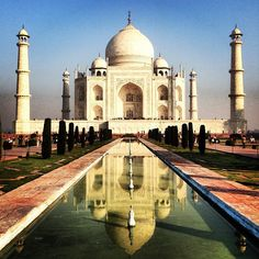 From #India's Taj Mahal to the Sydney Opera House, how many of the world's most popular landmarks have you visited? Photo courtesy of @ jbeebs18 via Instagram
