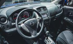 Reparo do evaporador do ar condicionado do Nissan Versa