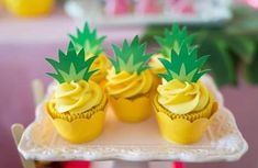 Festa flamingo (festa tropical) – Everything for Nature Aloha Party, Luau Party, Party Summer, Flamingo Party, Flamingo Birthday, Flamingo Cupcakes, Flamingo Baby Shower, Moana Party, Tolle Cupcakes