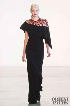 Badgley Mischka at New York Fashion Week Fall 2018 - Runway Photos Autumn Fashion 2018, Fashion Week, New York Fashion, Fashion Show, Couture Mode, Style Couture, Couture Fashion, Modest Clothing, Modest Dresses