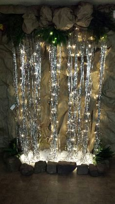 Waterfall - curtain lights and metallic silver foil fringe