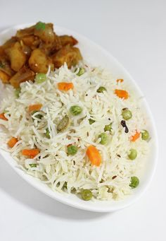 Coconut milk rice also called as coconut rice, andhra kobbari annam is very delicious, mildly flavored and tastes great with any good simple curry Lunch Box Recipes, Milk Recipes, Veg Recipes, Indian Food Recipes, Asian Recipes, Chicken Recipes, Vegetarian Recipes, Cooking Recipes, Breakfast Recipes