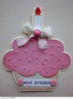 kartka urodzinowa na Stylowi.pl Cupcake Card, Diy Flowers, Flower Diy, Diy Cards, Birthday Cards, Cupcake Birthday, Invitation Cards, Baby Items, Diy And Crafts