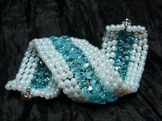 Brooch, Jewelry, Fashion, Brooch Pin, Jewlery, Moda, Jewels, La Mode, Jewerly