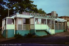 CENTRAL/WESTERN MASSACHUSETTS DINER DIRECTORY - Corner Lunch - Worcester, MA