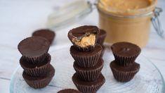 Mogyoróvajas kosárka - Receptek   Ízes Élet - Gasztronómia a mindennapokra Mini Cupcakes, Granola, Desserts, Food, Candy, Tailgate Desserts, Deserts, Essen, Postres
