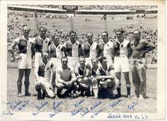 """Ferencvárosi Torna Club, 27 de Julio de 1947, con Ferenc """"Pancho"""" Puskás, en sus filas, en una gira que realizaron por México en ese año. Club, Hungary, Wrestling, Football, History, Retro, Sports, Movies, Movie Posters"""