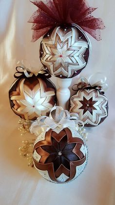 Vintage Navidad acolchado adorno/marrón y plata no cosen