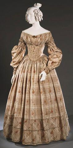 Day Dress: ca. 1838, American, warp-printed silk taffeta.