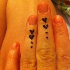 #henna #heart #fingers