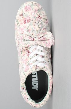 Lace Drop sneaker by Study. Sad that they're sold out.
