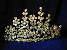 Modern bridal tiara By DulcieAngel