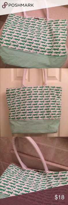 Preppy Gator Tote Bag Preppy & Fun Gator Tote Bag. Some light markings but overall good condition:) G! Bags Totes