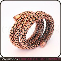 La pulsera cobre Twister es un complemento vistoso y ligero. Colócatelo junto a tu reloj o con muchas más pulseras, ¡cuanto más accesorios le acompañen, mejor se ve!  #bracelet #pulsera #shopping #Woman #Lady #Chic #Trendy #jewelry #fashion #moda #complementos #style #PymesUnidas