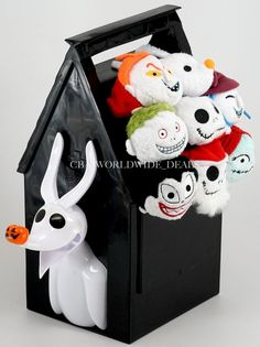 NEW Authentic Disney Store Tsum Tsum Nightmare Before Christmas Set 8 W/ Bucket