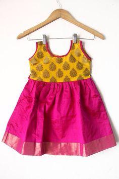 Ef Kids Dress Wear, Kids Gown, Kids Wear, Frocks For Girls, Little Girl Dresses, Baby Dresses, 50s Dresses, Baby Frocks Designs, Kids Frocks Design