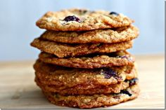 Salted Caramel, Blueberry, Coconut-Corn Flake Cookies with Browned Butter Yummy Eats, Yummy Food, Tasty, Healthy Food, Eat Dessert First, Dessert Bars, Cornflake Cake, Flake Recipes, Salted Caramel Cookies